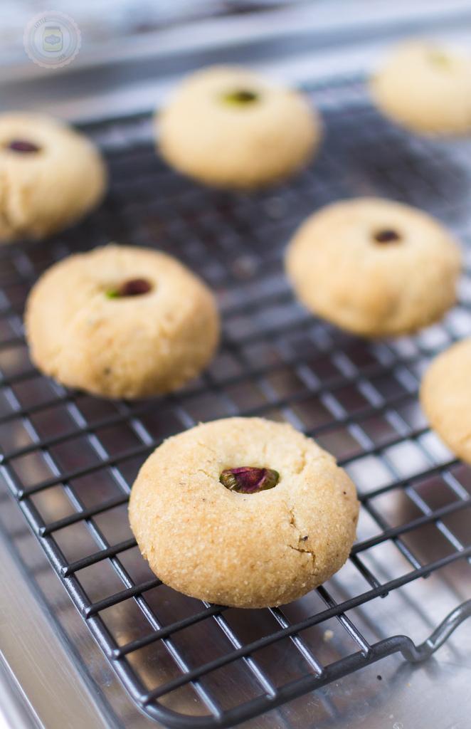 Nani's Pistachio Cardamom Cookies (Nan Khatai)