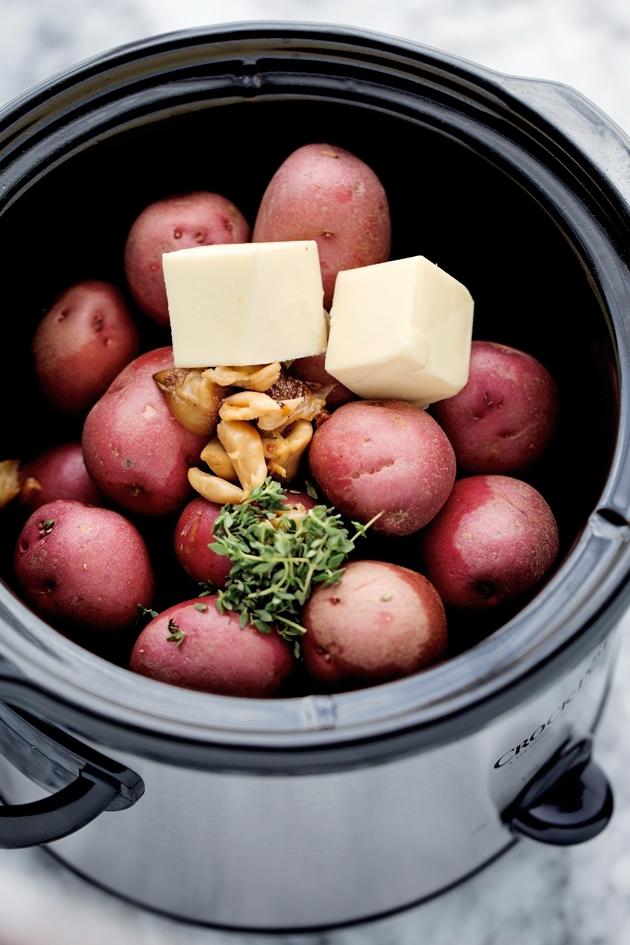 Creamy-Roasted-Garlic-Mashed-Potatoes.jpg