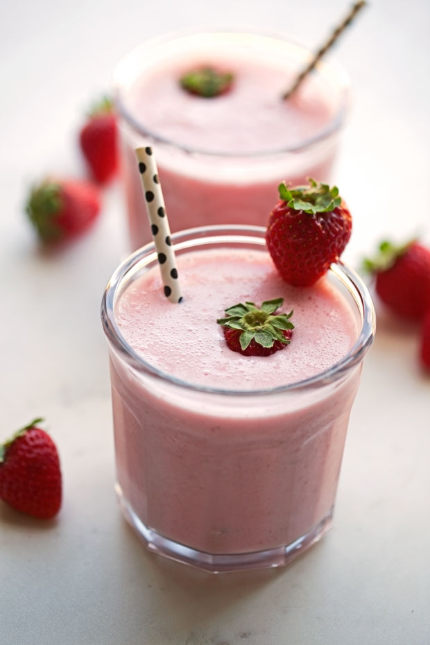 Strawberry Lassi - yogurt, milk, strawberries and rosewater blended together to make the most delicious Valentines Day treat! #valentinesday #lassi #strawberrylassi | Littlespicejar.com