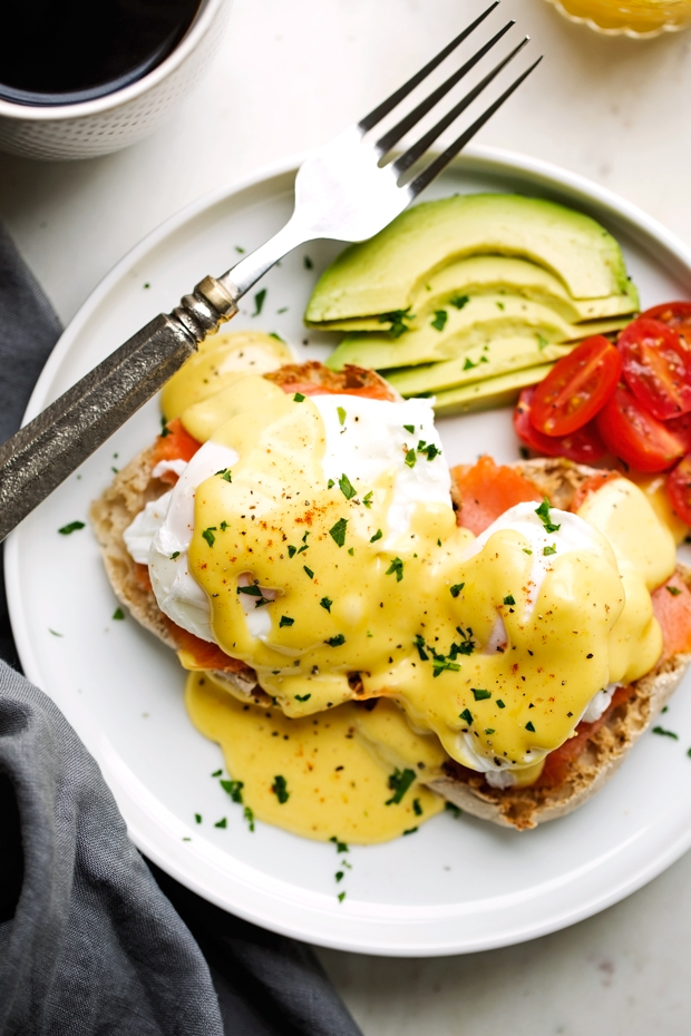 Blender Hollandaise Sauce with Eggs Benedict