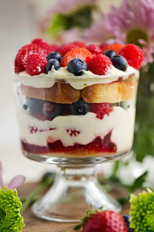 Citrus-Berry-Trifle-Citrus Berry Trifle - The EASIEST dessert ever! made with layers of lemon flavor whipped cream, poundcake, and lots of berries! #desserts #trifle #berrytrfile | Littlespicejar.com
