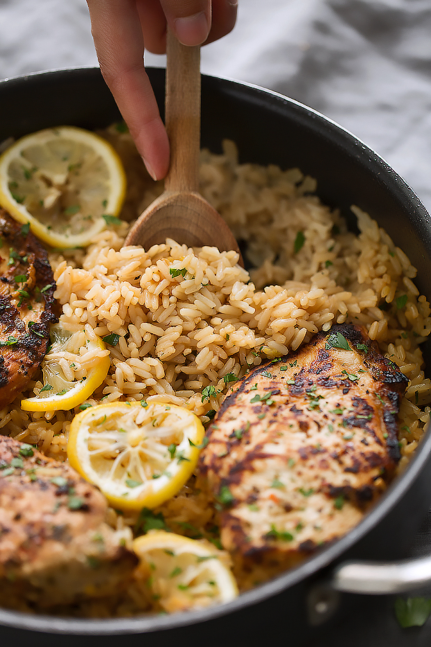 One Pot Greek Chicken and Rice Pilaf - a simple one pot dinner that's ready in 45 minutes and tastes lemon/herby fresh! #ricepilaf #onepotmeals #onepanmeals #skilletchicken #chickendinner | Littlespicejar.com