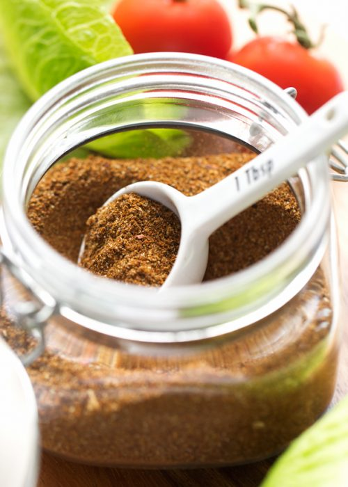 Big Batch Taco Seasoning - learn how to make a big batch of homemade taco seasoning that's good to use on all your recipes! #tacoseasoning #homemade #mealprep #tacoblend | Littlespicejar.com