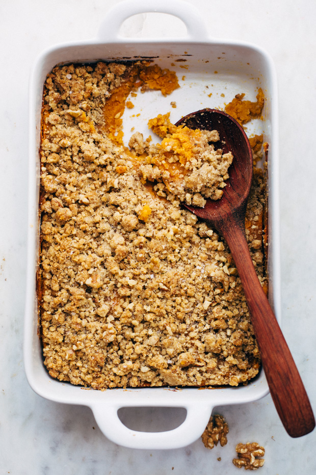 Sweet Potato Casserole with Crunchy Brown Sugar Topping - an easy side dish for Thanksgiving that everyone will love! #thanksgiving #sweetpotatocasserole #casserole #sweetpotatoes | Littlespicejar.com