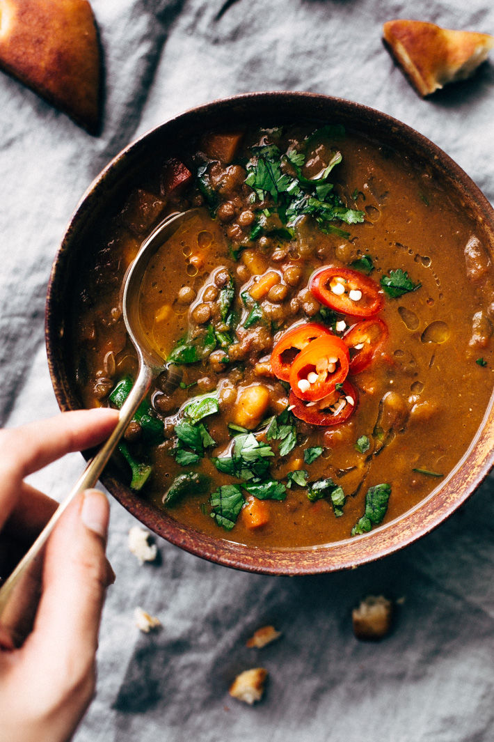 Moroccan Sweet Potato Lentil Soup | 15 Easy Recipes For Dinner To Help You Survive Winter