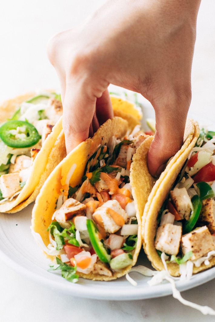 Gotta Have 'Em Ancho Chicken Street Tacos - a simple chicken street taco loaded with all your favorite taco toppings! #anchochickentacos #tacos #streettacos #chickenstreettacos | Littlespicejar.com