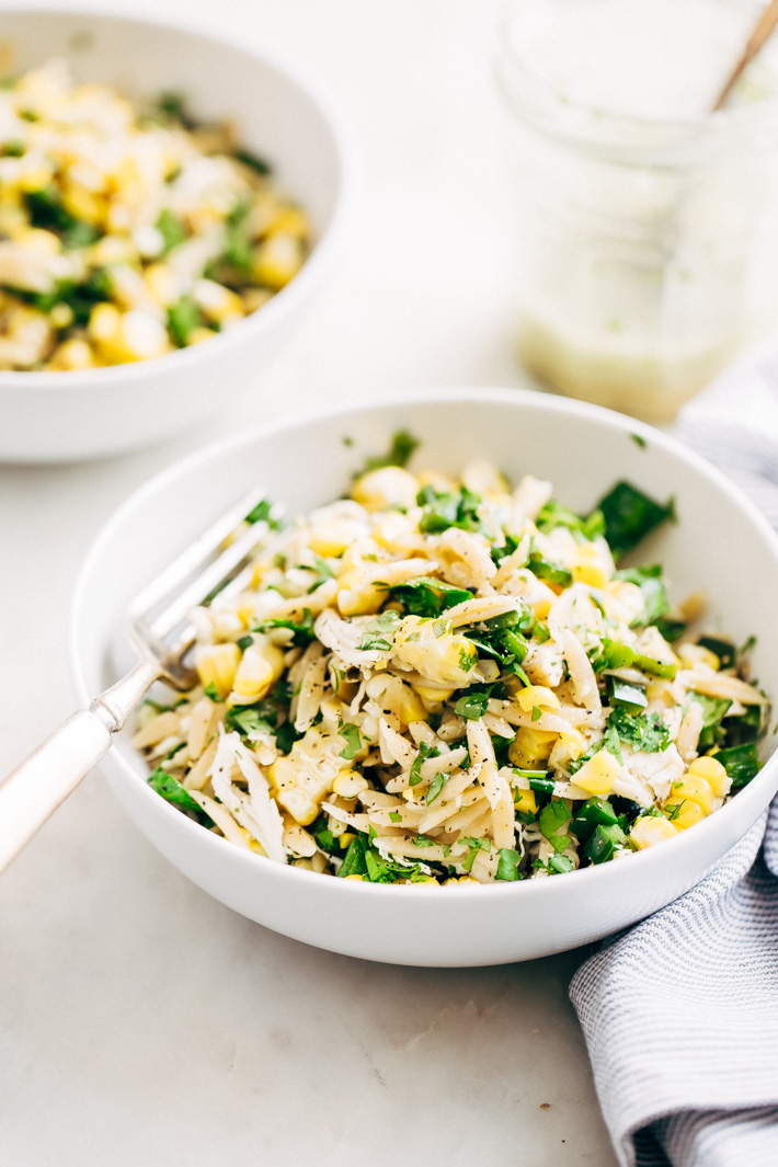 Roasted Corn Chicken Orzo Salad with Garlic Lime Vinaigrette - a simple, clean salad with no creamy dressings. This is perfect to meal prep for the week. #mealprep #healthysalad #chickensalad #pastasalad | Littlespicejar.com