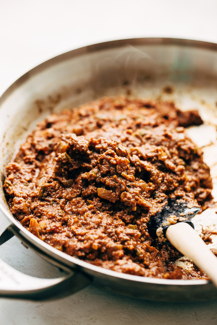 You Won't Believe It's Meatless Sloppy Joes - loaded with tons of flavor and texture these taste just like the real thing only they're completely vegan friendly! #vegan #vegansloppyjoes #meatlesssloppyjoes #meatlessmonday #vegetarian   Littlespicejar.com