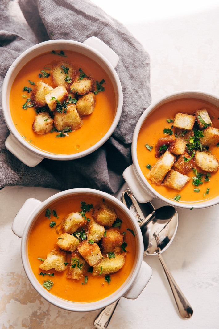 Instant Pot Cajun Butternut Squash Soup - a simple soup where you just toss it all into the instant pot and sit back! SO EASY AND SO DELISH! #instantpot #butternutsquashsoup #buttternutsquash #instapotsoup   Littlespicejar.com