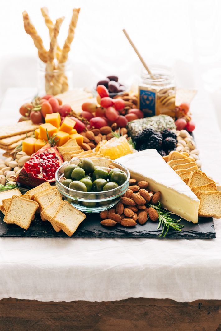 How To Make An Epic Holiday Cheese Board Little Spice Jar