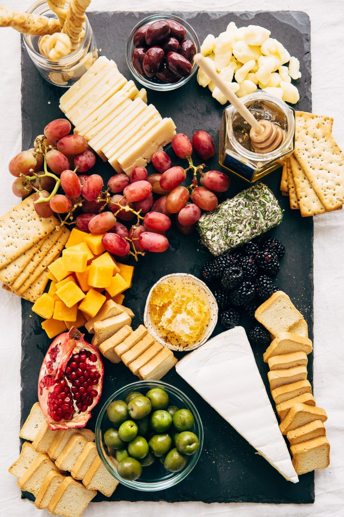 How to make an EPIC Holiday Cheese Board - Learn step-by-step how & How to Make an Epic Holiday Cheese Board | Little Spice Jar