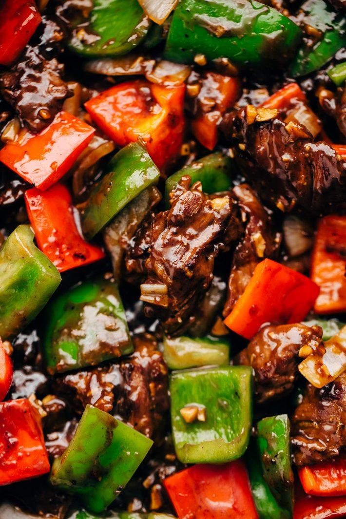 close up of garlicky pepper steak stir fry