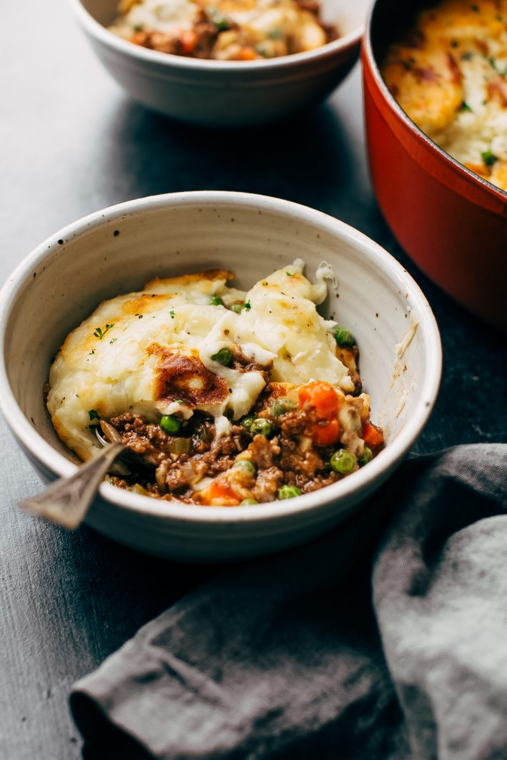 Easy Rustic Shepherd's Pie with the Cheesiest Mashed Potatoes - a few simple ingredients really elevate this shepherd's pie! So good you'll never try another recipe! #shepherdspie #cottagepie #meatpie #shepherdscasserole #stpatricksday | Littlespicejar.com