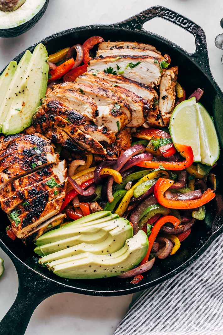 Best Ever Chicken Fajitas - skip the seasoning packets and learn how to make the BEST chicken fajitas as home with easy to find ingredients! These fajitas are so good you'll never buy the packet seasoning again! #chickenrecipes #chickenfajitas #fajitas #grilledfajitas | Littlespicejar.com