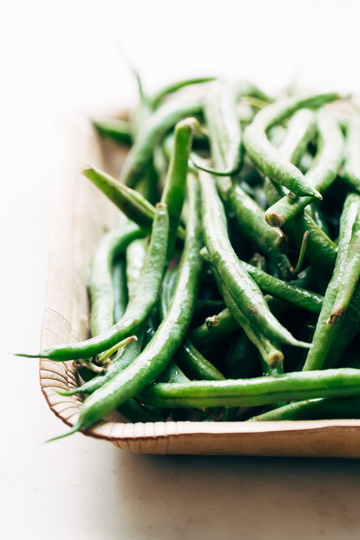 green beans on cardboard tray