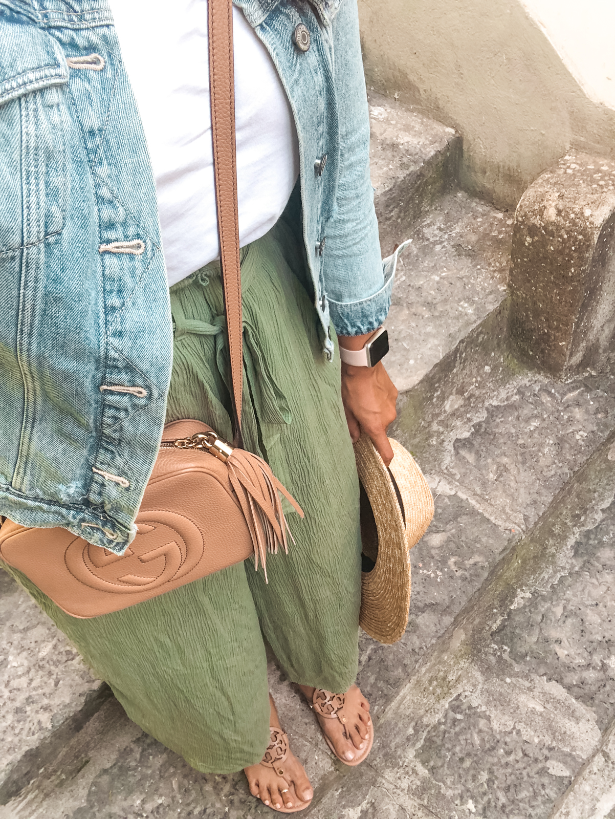 my outfit on day one of Positano travel day