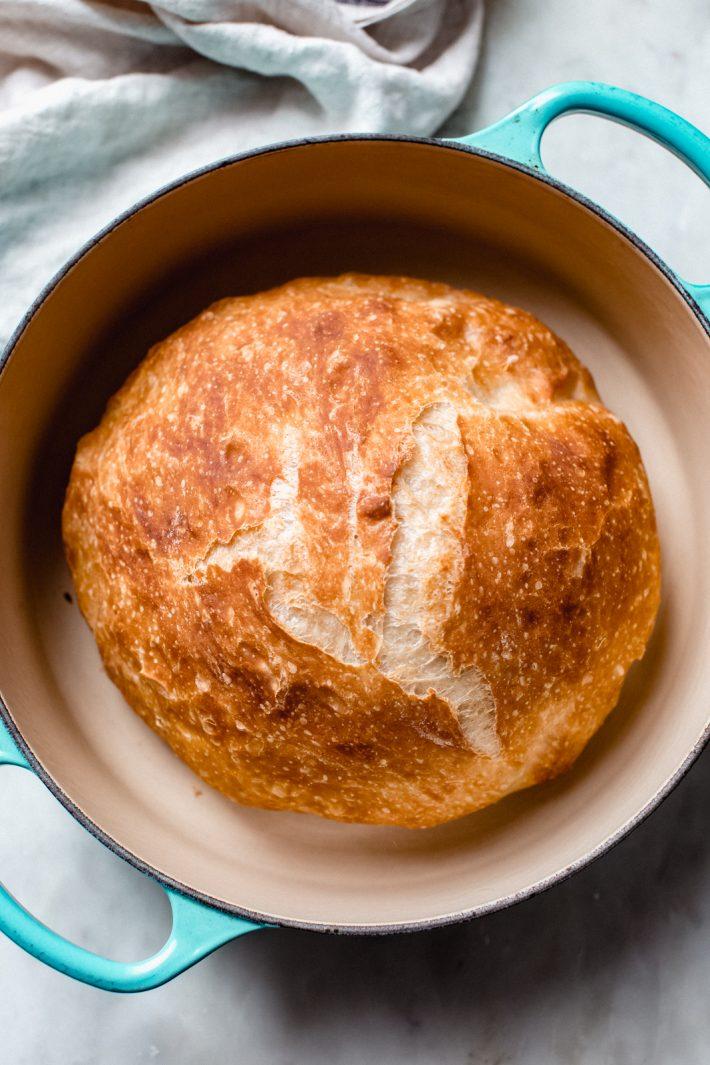 fresh baked no knead bread