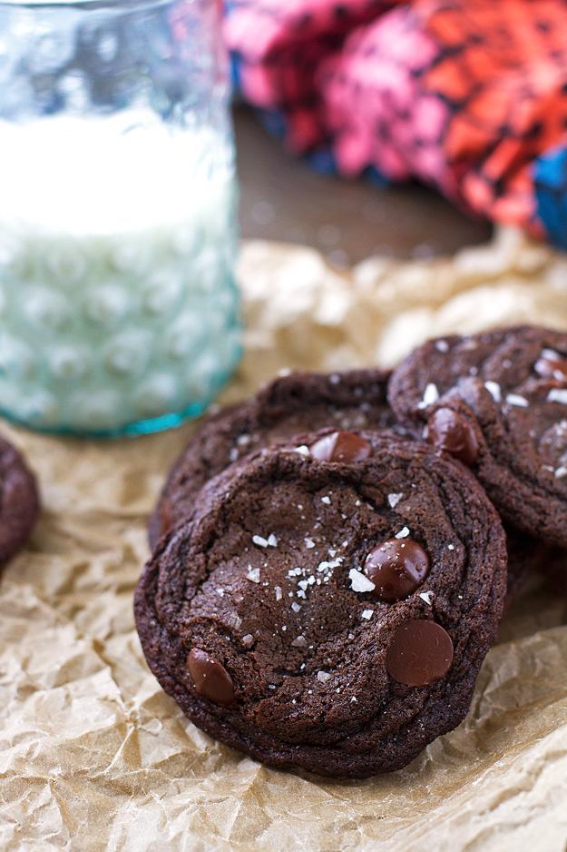 Salted Rolo Stuffed Chocolate Cookies