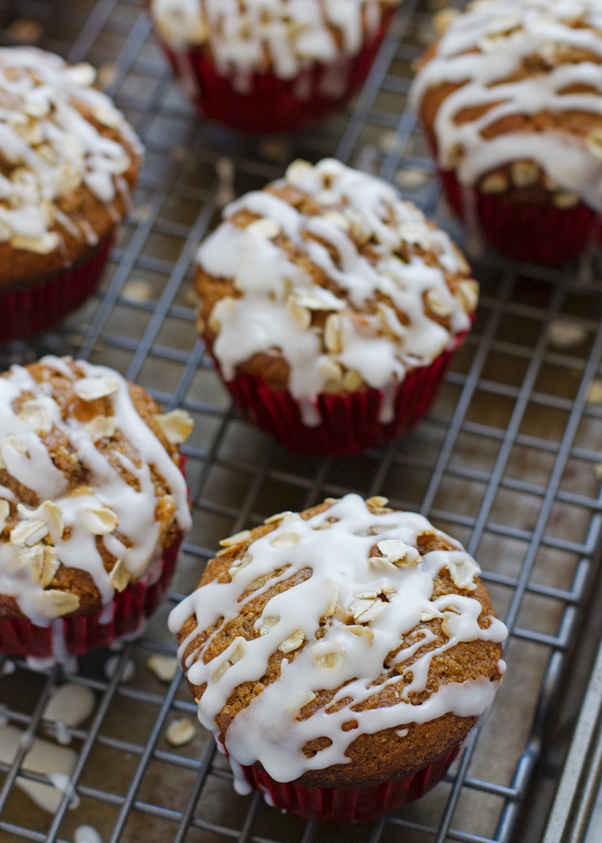 Healthy Apple Muffins with Vanilla Glaze