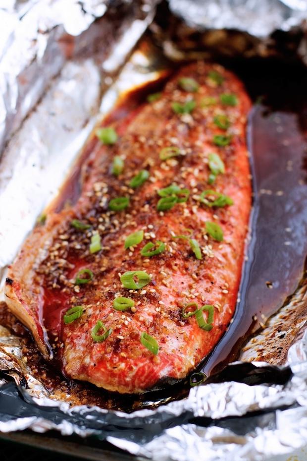 Sesame Ginger Baked Salmon in Foil