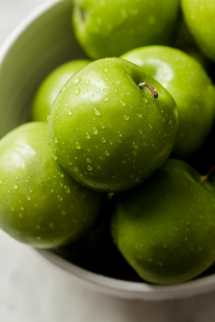 freshly washed Granny Smith apples