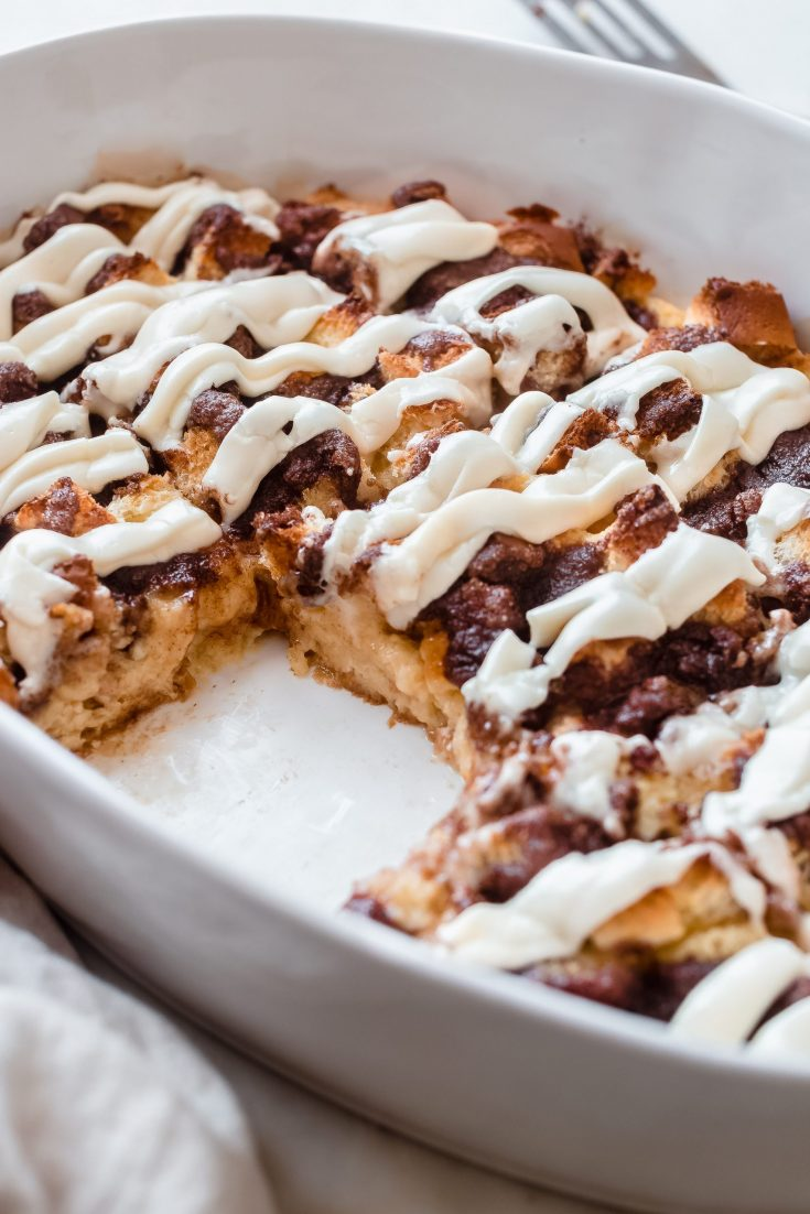 Overnight Cinnamon Roll Casserole (Breakfast Bake)
