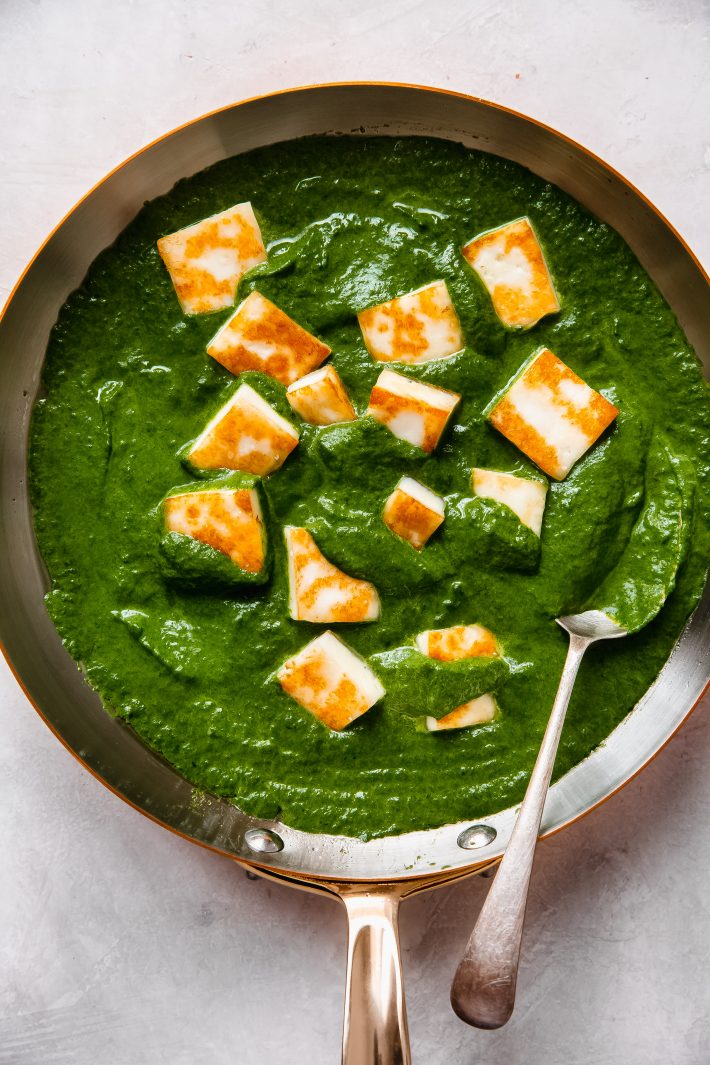 pureed spinach mixture topped with fried paneer cheese