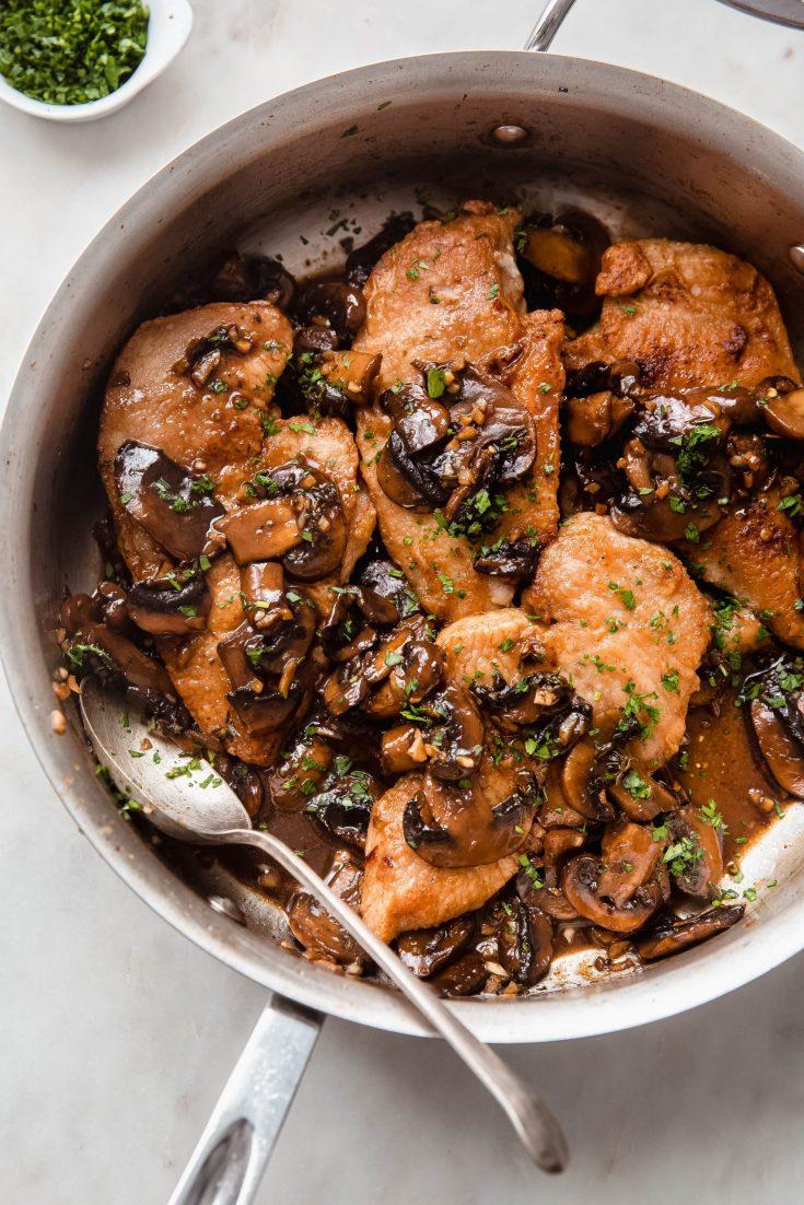 Easy Balsamic Mushroom Chicken