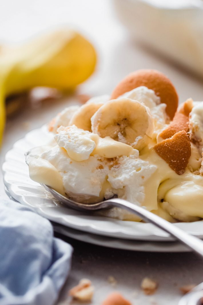 banana pudding in plate with spoon