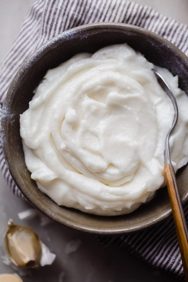 Lebanese Garlic Sauce (Toum)